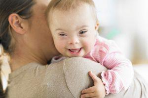 Asignación familiar por maternidad o maternidad Down