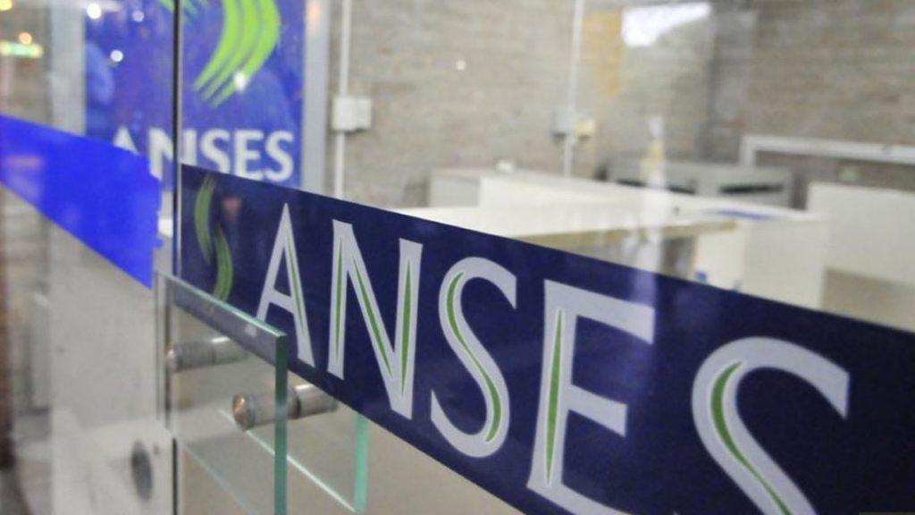 descuentos a los beneficiarios de créditos ANSES