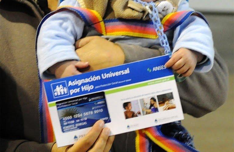 Asignación universal por hijo se cobra 2 veces
